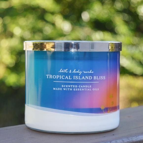 Bath & Body Works Tropical Island Bliss Candle